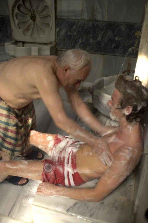 é uma casa de banho turco (ok, a foto seria melhor sem o velho...)